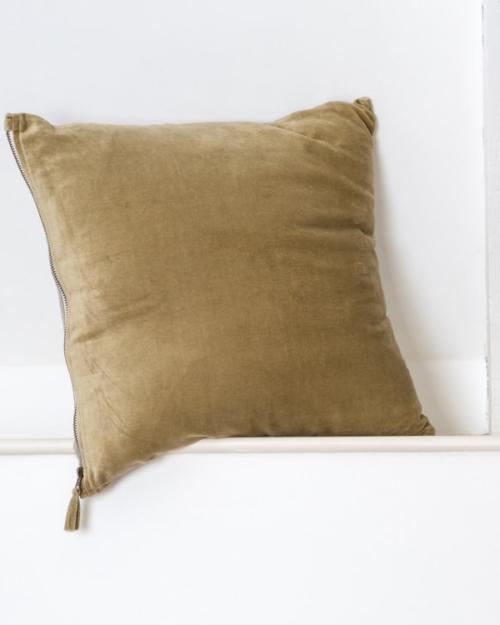 Dassie Artisan Henri cushion